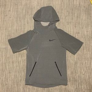 Nike DriFit Half Sleeve Athletic Hoodie Size Large